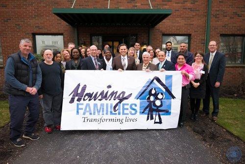 housing+families.jpg